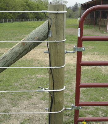 HOW MUCH DOES CHAIN LINK FENCE COST PER FOOT? - ASK.COM
