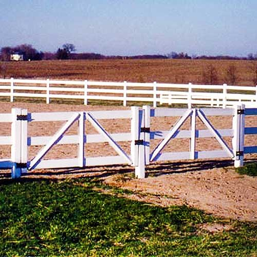 Matches PVC Fence. Available In 2, 3, And 4 Rail Styles, With Or Without  Rails.